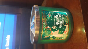 Bath and body works candle , brand new
