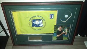 Beautiful mike weir autographed pin flag golf picture