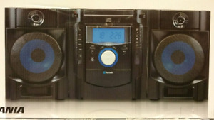 Sylvania Bluetooth Super base stereo CD WIRELESS MUSIC SYSTEM
