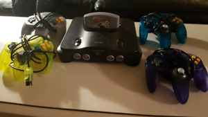 N64 MINT condition with 4 controllers and ORIGINAL Mario Kart
