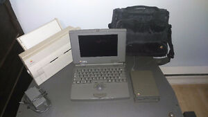 Powerbook 100, in original bag, with floppy drive an pinter