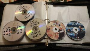 ensemble dvd CSI 8 saisons avec porte cd de rangement, pour 20$