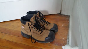 Selling construction boots