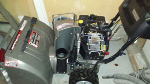 """27"""" Craftsman 8.5 HP Snowblower w electric or pull start"""