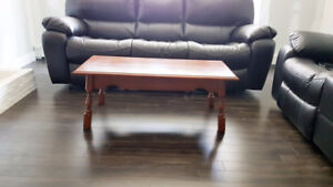Solid Hardwood Coffee & End Table Excellent Condition
