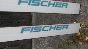 Fischer Salomon Scott Skii Set $100. 195 cm. Prince George British Columbia image 3