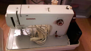 bernina 817 sewing machine comes with case pedal and a fewextras