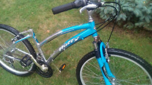 Huffy Wilmington bike aluminium frame