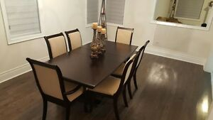 7 PC DINING SET - MAPLE SOLID WOOD, CONSOLE TABLE, LAMPS......