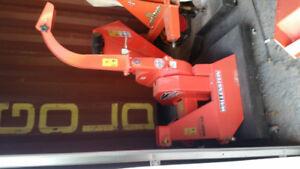 """Wallenstein BX32S 3"""" wood chipper"""
