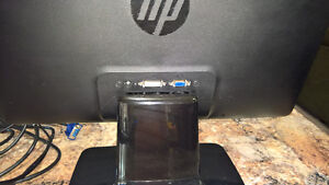 """20"""" HP 2011x LED backlit monitor for sale London Ontario image 1"""