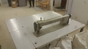 Pfaff long arm sewing machine for quilting