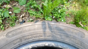 Pacemark P195/60R15 tires