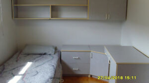 BEDROOM SET FOR A SINGLE PERSON OR STUDENT $450