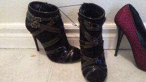 Great condition sturdy heels. Size 6 one 5 Windsor Region Ontario image 2
