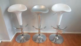 Brand new 3 bar stools
