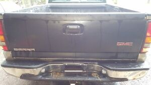 new 99-07 gmc or chev tailgate
