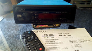 KENWOOD AM/FM/CD/AUX INPUT CAR STEREO