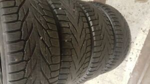 225/55R18 Nokian Hakkapellita R2 Winter Tires