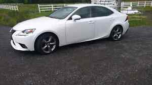 Lexus is 350 awd 2014
