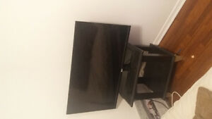 TV and Dvd for sale