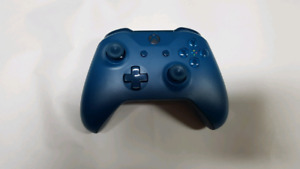 Xbox One Console Exclusive Deep Blue controller