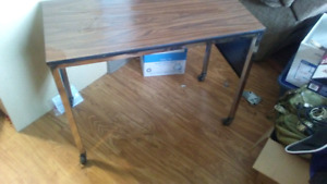Small desk / table on wheels