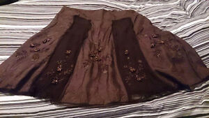 Brown skirt with detail work