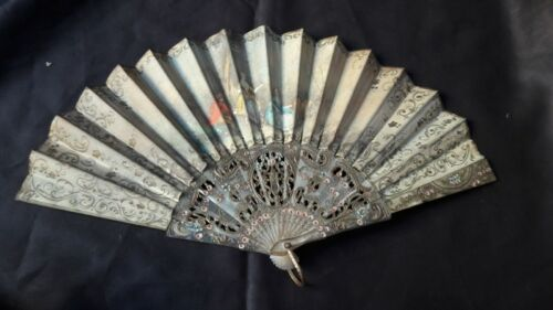 ANTIQUE HAND FAN  CLOTH HANDPAINTED VICTORIAN LADIES ORNATE OPEN WORK