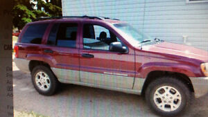 2000 Jeep Grand Cherokee Laredo V8 4.7L ...Best Engine....Loaded