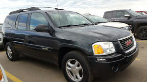 2004 GMC  ENVOY XL 4WD...AMAZING . Like New.