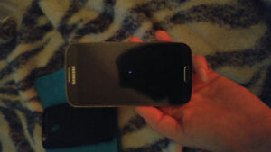 Samsung s4 mint condition London Ontario image 2