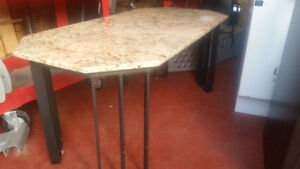 Outdoor coffee table granite top