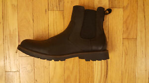 Brand New G.H. Bass Mens Black Leather Chelsea Boots $100 London Ontario image 1