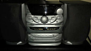 Kenwood HiFi System, 3 CD changer, dual cassette, radio