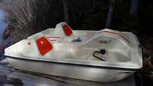 Pending pick up**Free paddle boat