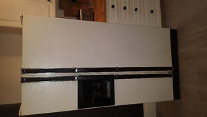 Side by side refrigerator (Kenmore)