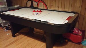 AIR HOCKEY TABLE A VENDRE