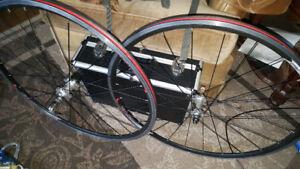 Road bike wheel set  700c with QR skewers