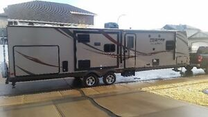 REDUCED - 2015 Prime Time Tracer 3200BHT