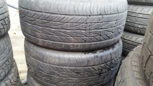 2 Pneus Haut de Gamme Michelin 245/40/17 en bon Etat