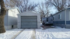 . Price is low for clean people only. Regina Regina Area image 1