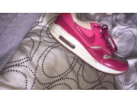Size 6 Pink and White Air Max