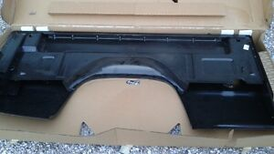 **** BRAND NEW GENUINE GM **** DRIVER SIDE BOX PANEL