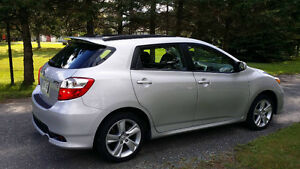 2012 Toyota Matrix AWD  S Berline
