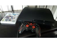 Mint 320gb PS3 console with leads, box, controller and games