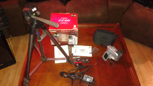 Canon Camcorder With Tripod