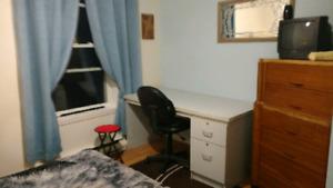Belle chambre a louer Ville de Chambly a la semaine/ mois