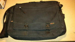Lugger laptop carrier bag