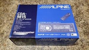 Alpine CDA-9815 head unit stereo deck